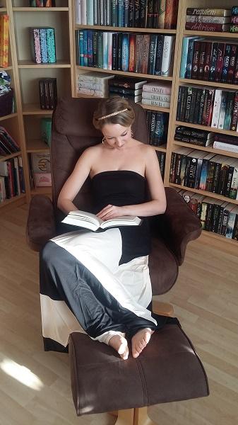 Süchtig nach Büchern Monika Schulze 1