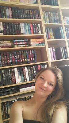 Süchtig nach Büchern Monika Schulze 2