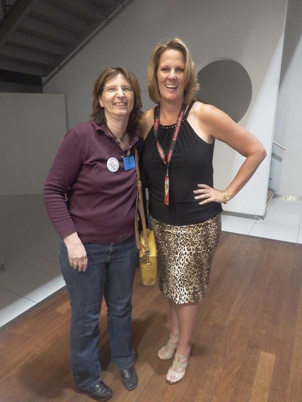 Catherine Bybee (mit Übersetzerin Corinna Wieja von Indie Translations)