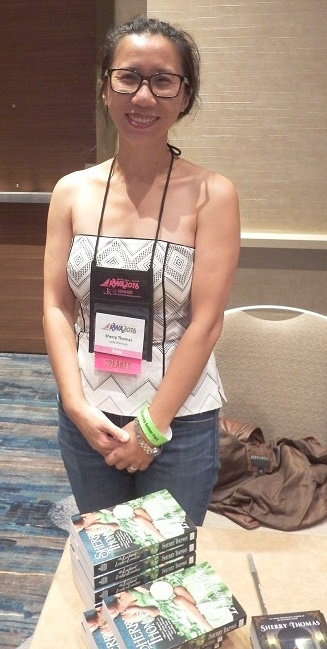 Sherry Thomas beim Literacy Signing der Romance Writers of America 2016 in San Diego